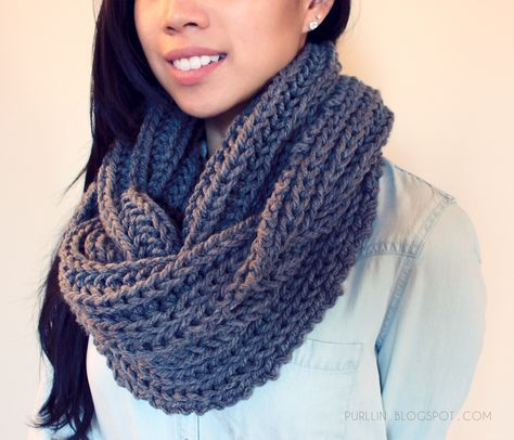 Free Easy Beginner Knitting Pattern For A Chunky Knit Grey Infinity