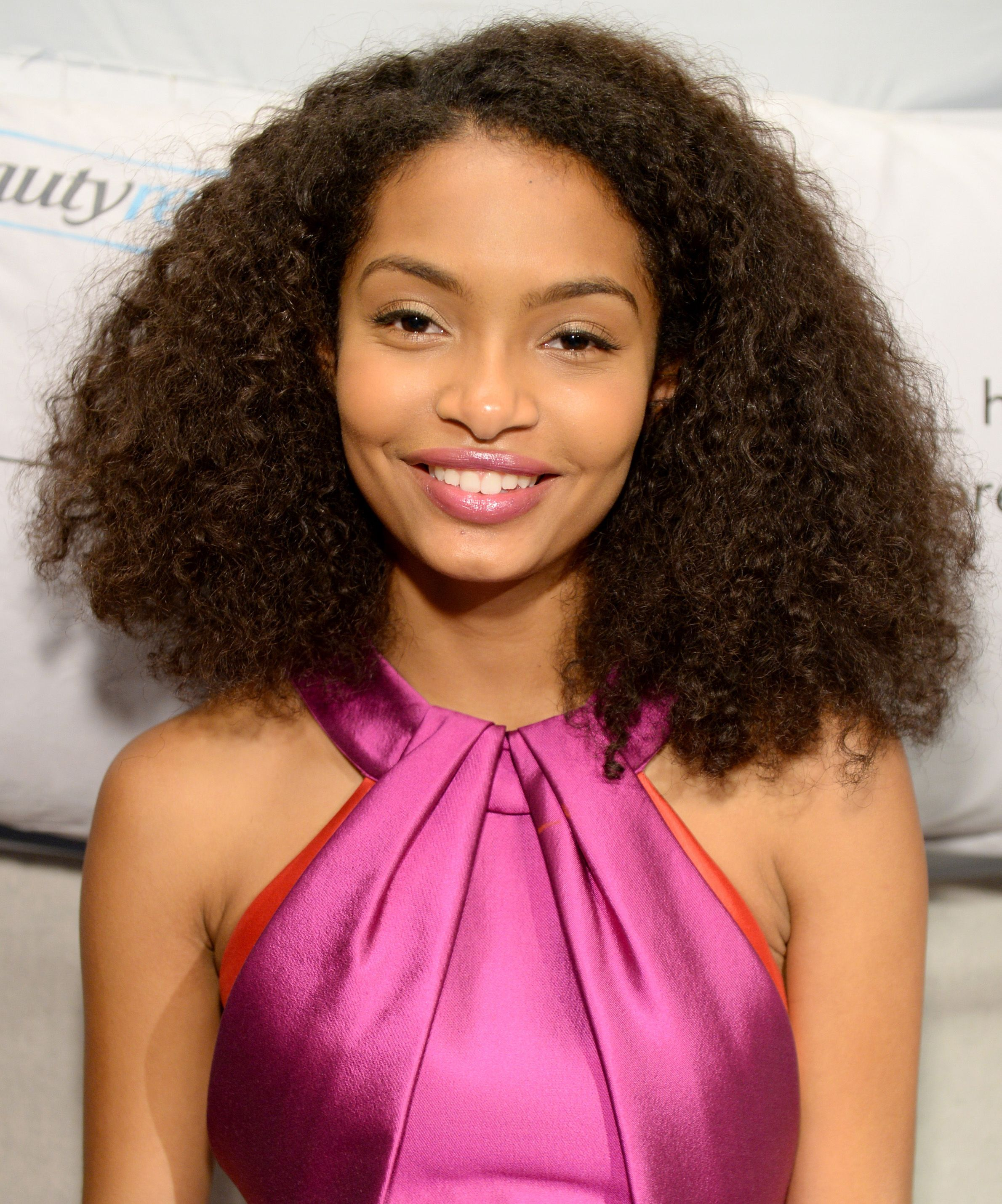 Celebrities With Beautiful Natural Hair Length Style Tips Group Board