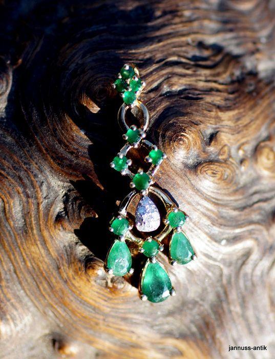 Online veilinghuis Catawiki: Gouden hanger met smaragd en safieren