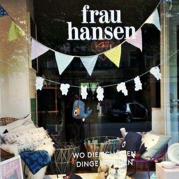 Window shopping  @frauhansenshop #eimsbush / wo die schönen Dinge wohnen,so true!!! #frauhansen #conceptstore #summer #Hamburg #style #instalike #igershamburg #instagood #ifiwasarichgirl #hamburgblog #blogger