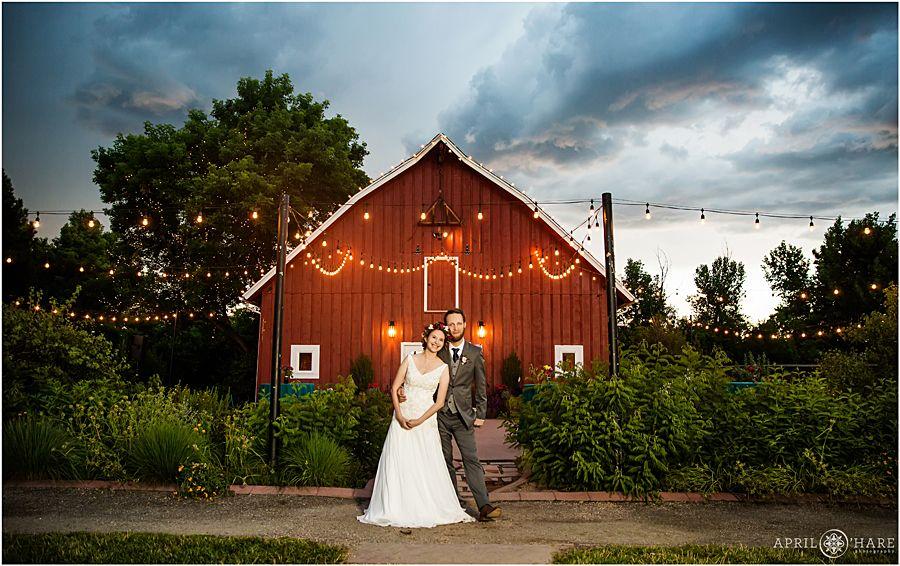 16cdb2d86cfe348ad05a1562c3c2eb65 - Denver Botanic Gardens Chatfield Farms Wedding