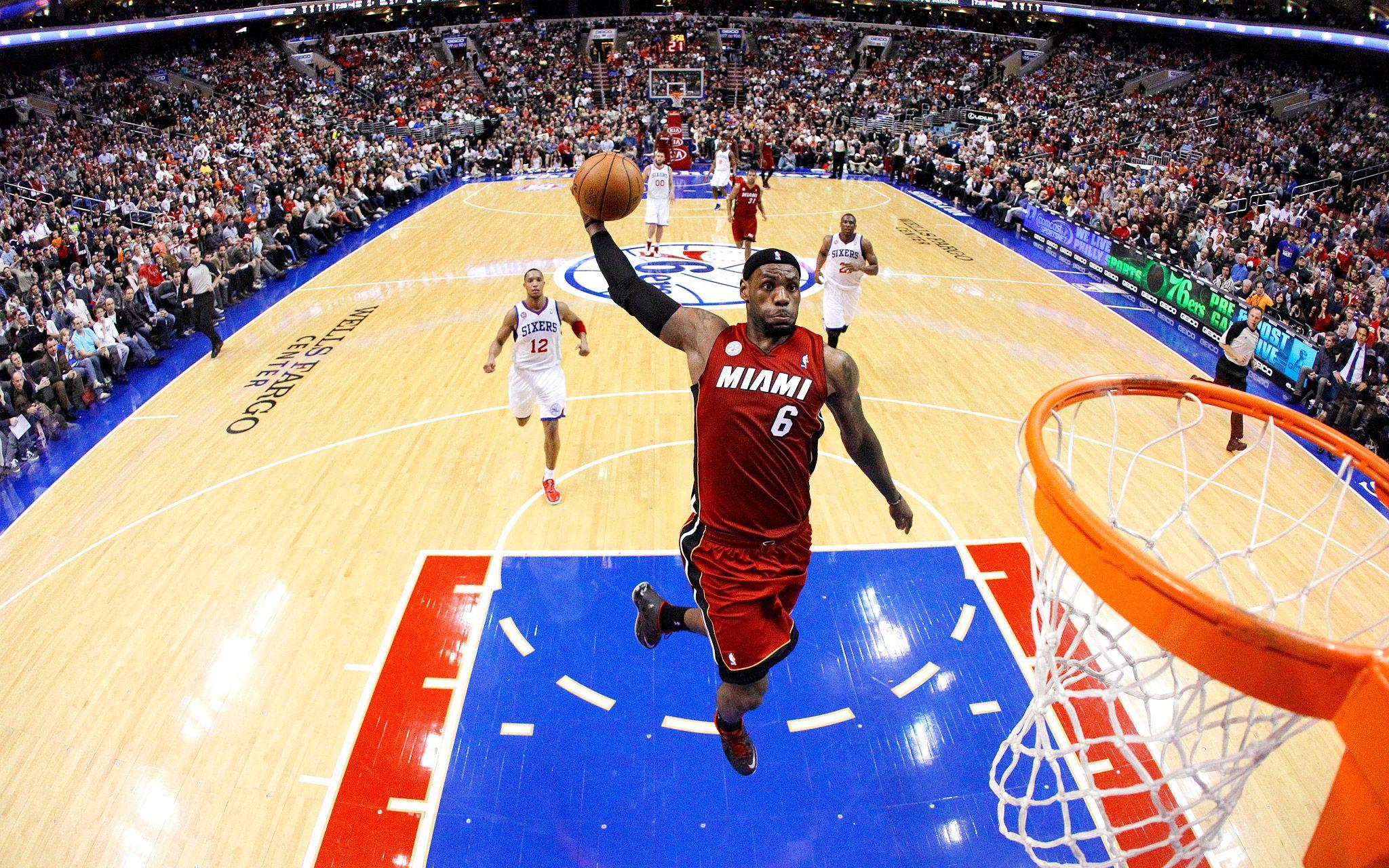 Miami-Heat-Lebron-James-Slam-Dunk-In-NBA.jpg 2,048×1,280 pixels ...