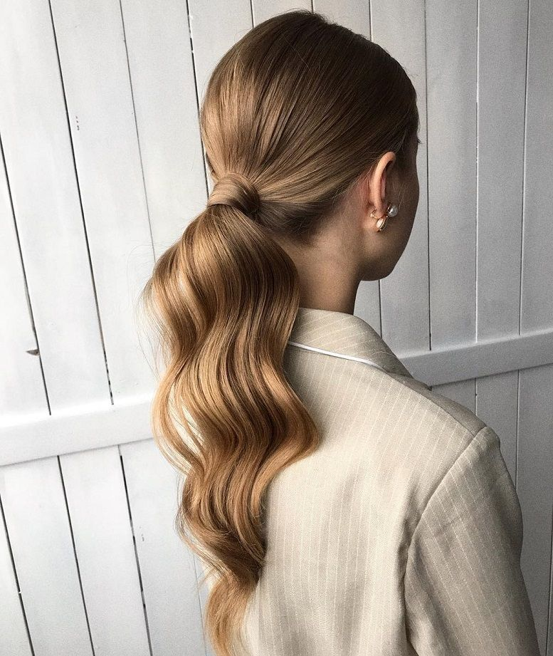 Gorgeous Ponytail Hairstyle Ideas That Will Leave You in FAB No fuss updo! No need to go all out this Valentine\u2019s Day and do some crazy-complicated hairstyle. these gorgeous ponytail hairstyles are also perfect... #shortupdohairstyles