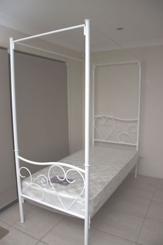 Heart White 4 Poster SINGLE Size Bed