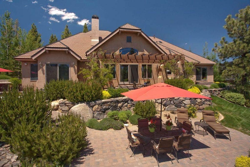 6105 Lake Geneva Dr Reno Nv 89511 Is For Sale Zillow Desert Homes Lake Geneva Zillow