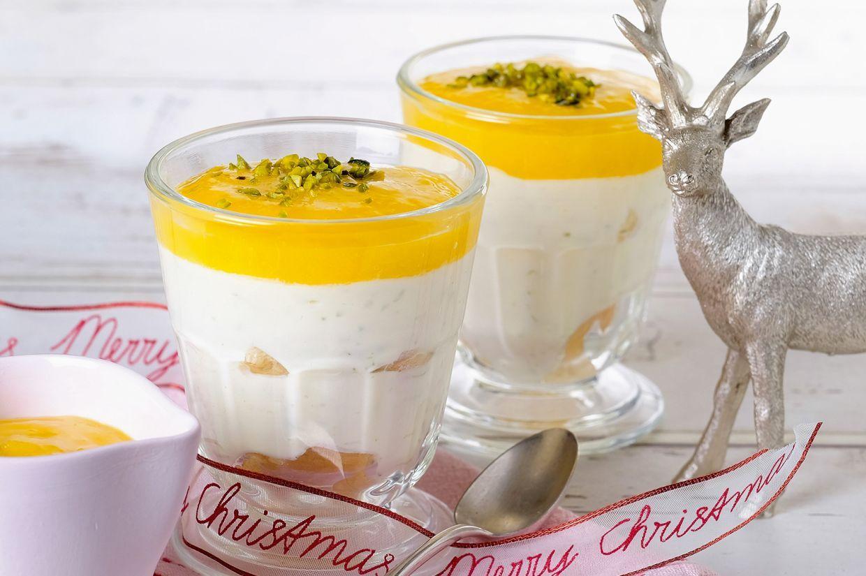 Dieses geschichtete Dessert mit Limettencreme und Mango sieht nicht nur gut aus, sondern schmeckt auch köstlich – für den schnellen Dessertgenuss.