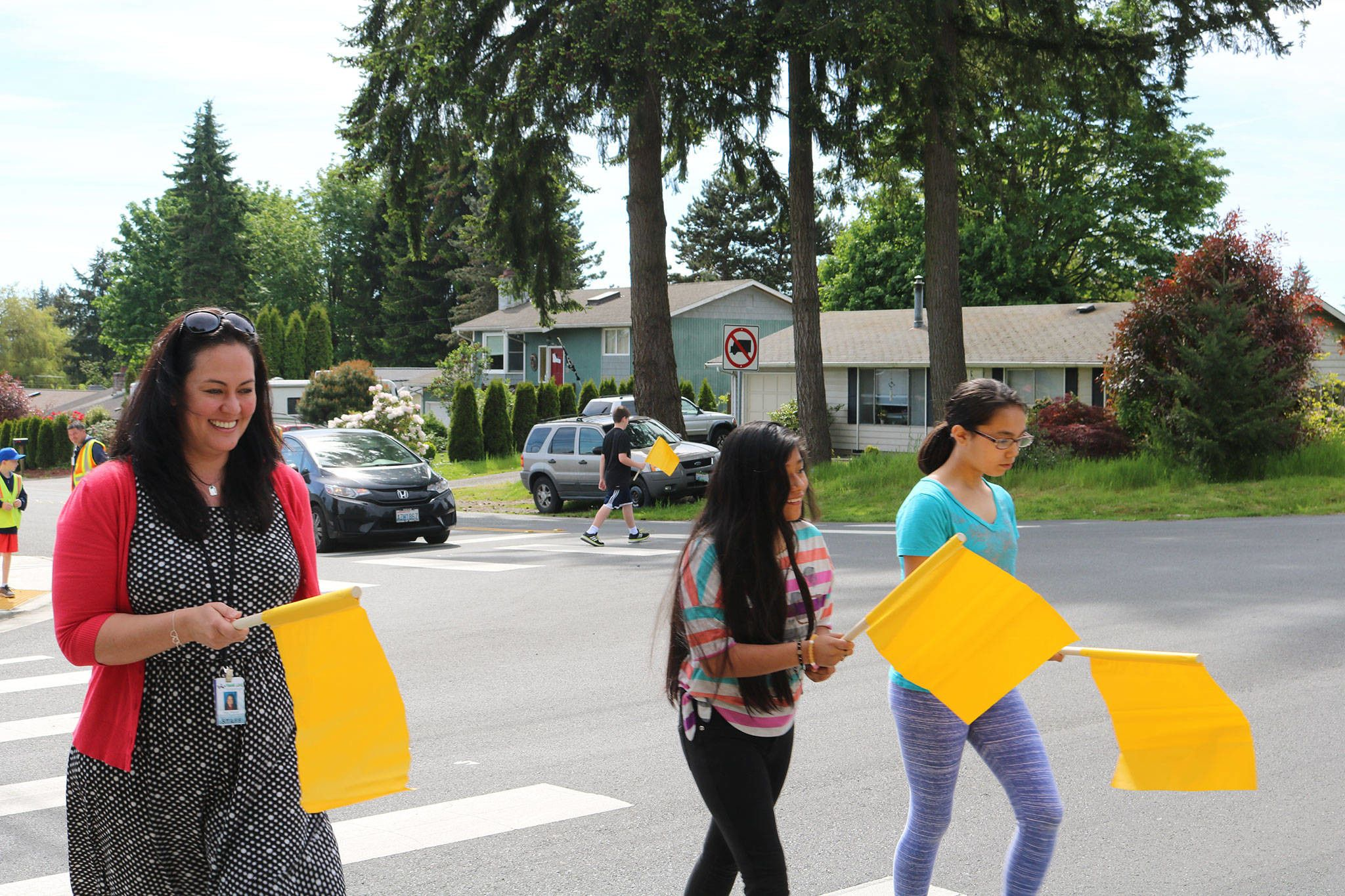 Pedestrian Flags Added To 10 Bothell Intersections Near Schools School Bothell Pedestrian