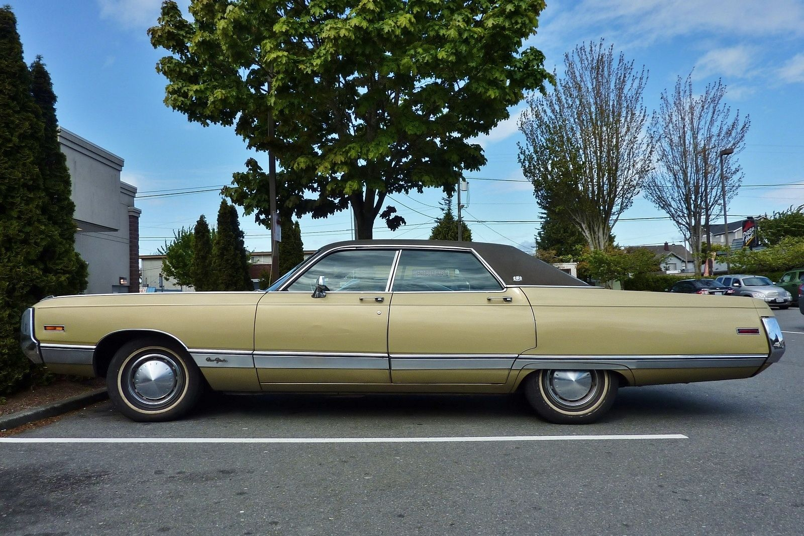 1971 Chrysler New Yorker Google Search Chrysler New Yorker Chrysler Classic Cars