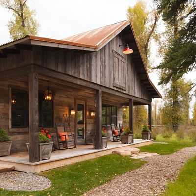 Red Light And Tin Roof Barn House Plans Barn House Log Cabin Homes