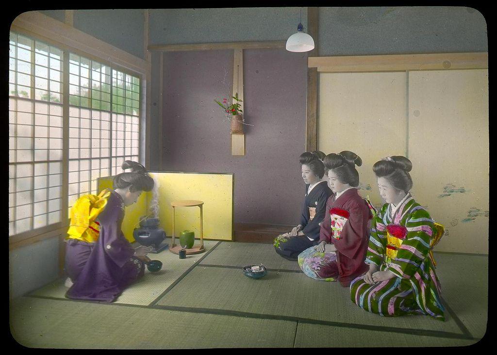 일본 해녀의 독특한 복장 - 「훈도시」 하나 착용 | Japan landscape, Japanese
