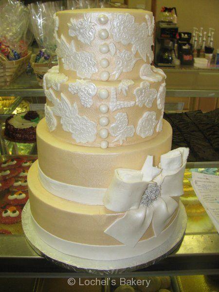 Gatsby Glam- Lace Wedding Cake so elegant and lovely. #Weddings #WeddingFood