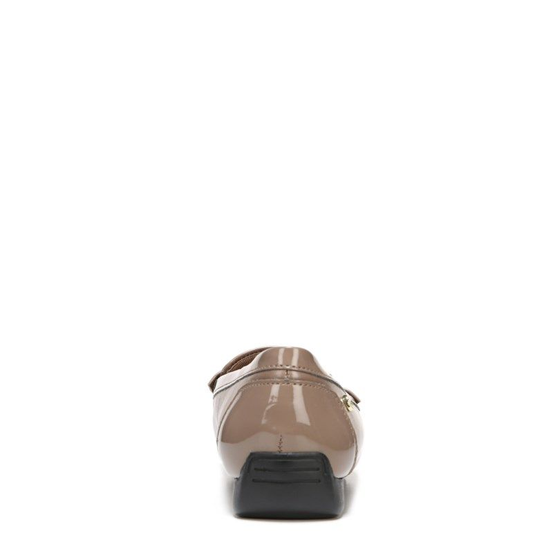 969f2541fc1 Lifestride Women s Vanity Narrow Medium Wide Loafers (Mushroom) - 8.0 M