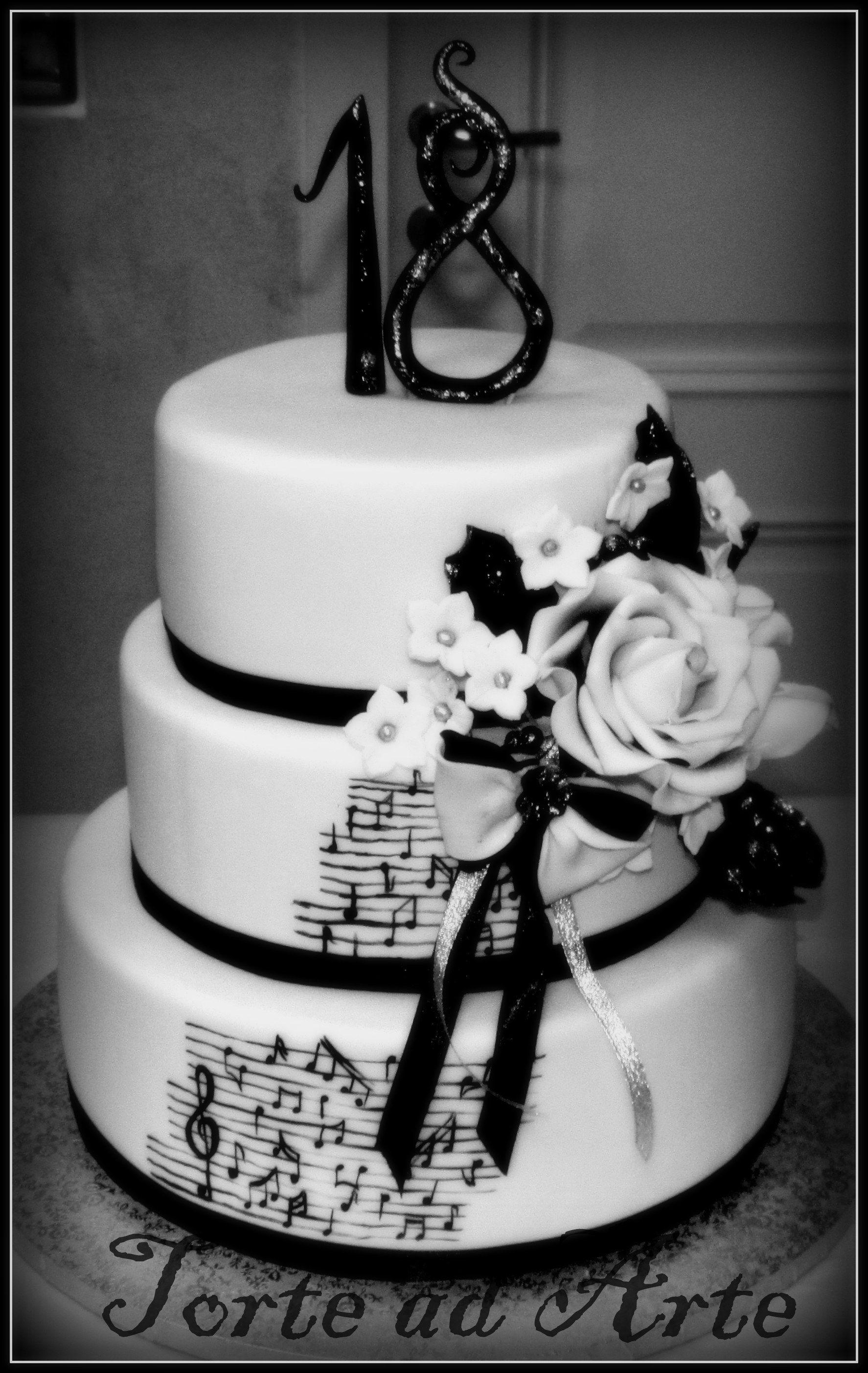 Musica Per Matrimonio Country Chic : Torta 18 anni per unamante della musica dort black & white