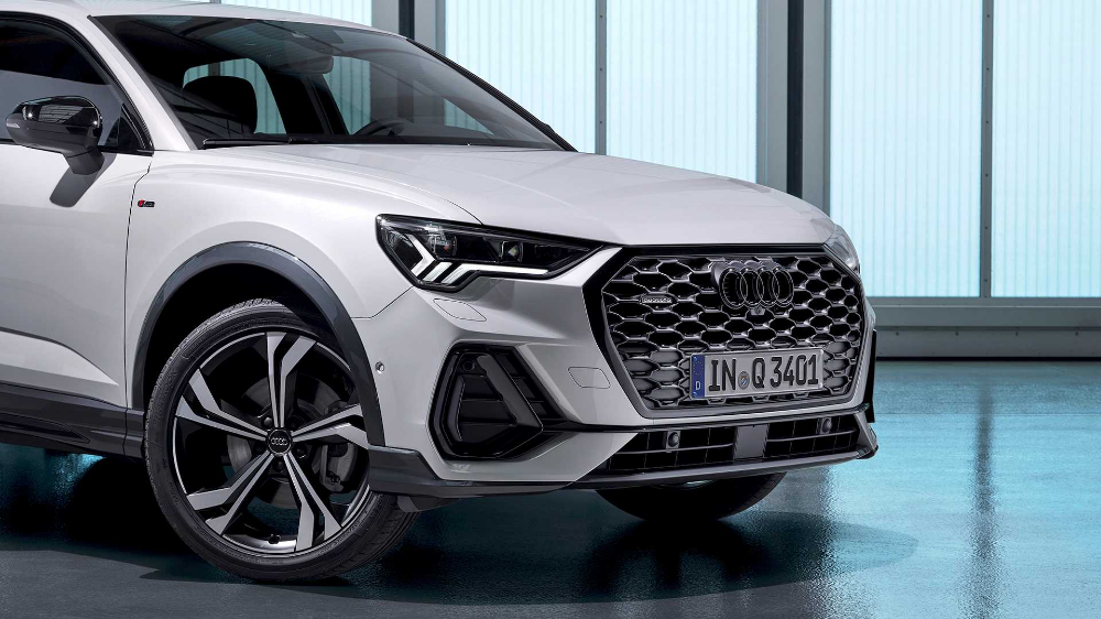 2020 Audi Q3 Sportback Debuts With Sloped Roof Sportier Look Audi Q3 Suv Coupe