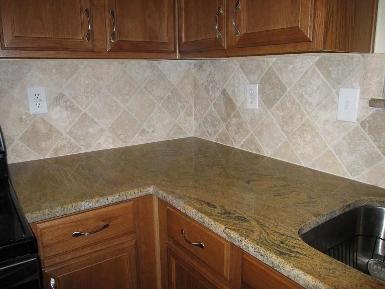 Tile On Diagonal Definate Consideration Travertine Backsplash Travertine Tile Backsplash Backsplash