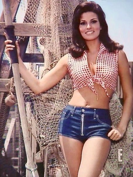 0fdfefb5917959 great daisy dukes and crop top - Raquel Welch