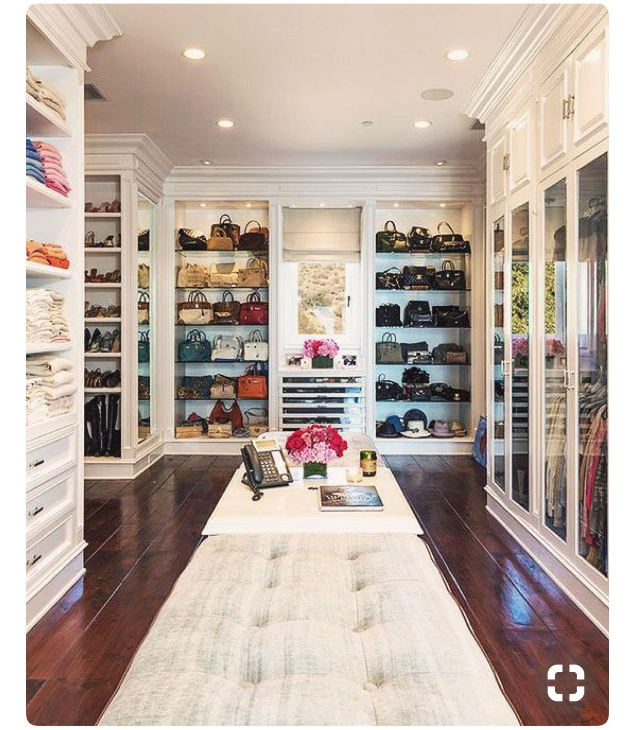 girls walk in closet. This Size Is Kind Of Excessive, But What Girl Didn\u0027t Want A Dream Walk-in In Closet Her Master Bedroom? Girls Walk
