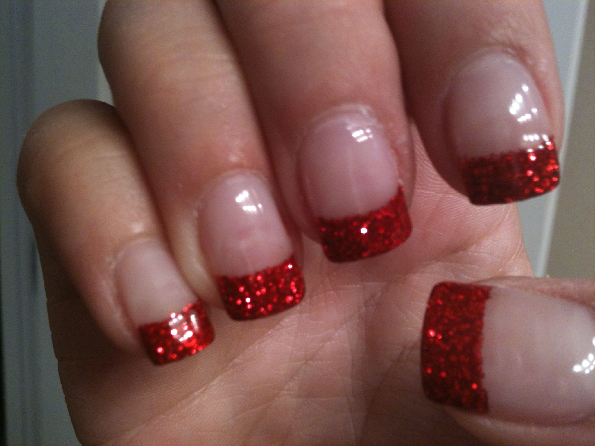 ruby red sparkle nails -cute