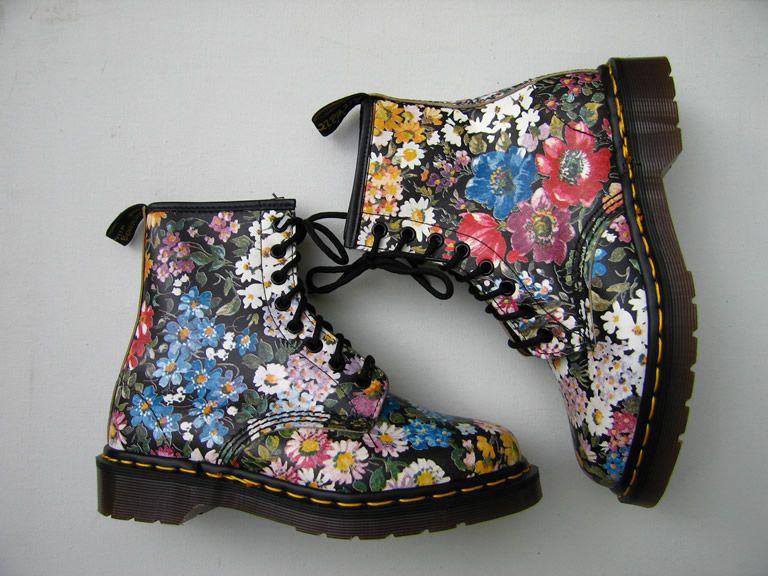 Best 25+ Doc martens floral ideas on Pinterest | Grunge shoes ...