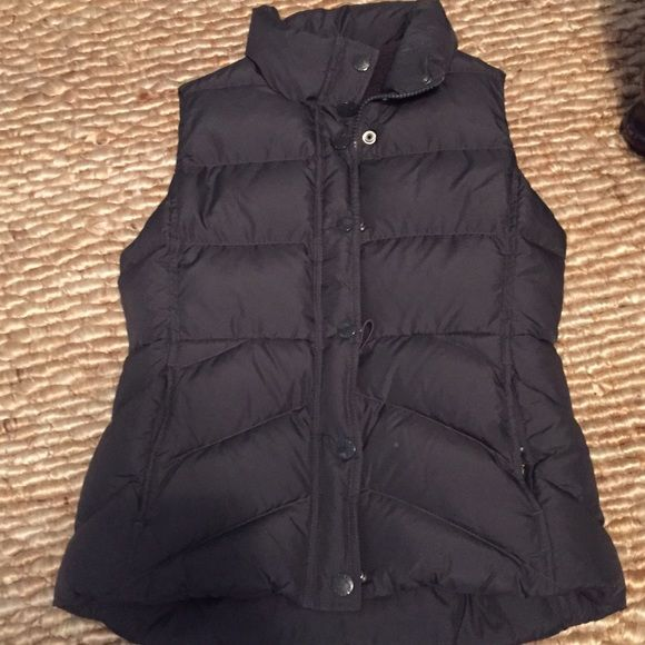 J. Crew Gray Puffer Vest Barely used puffer vest from J.Crew retail store. Perfect condition. J. Crew Jackets & Coats Puffers