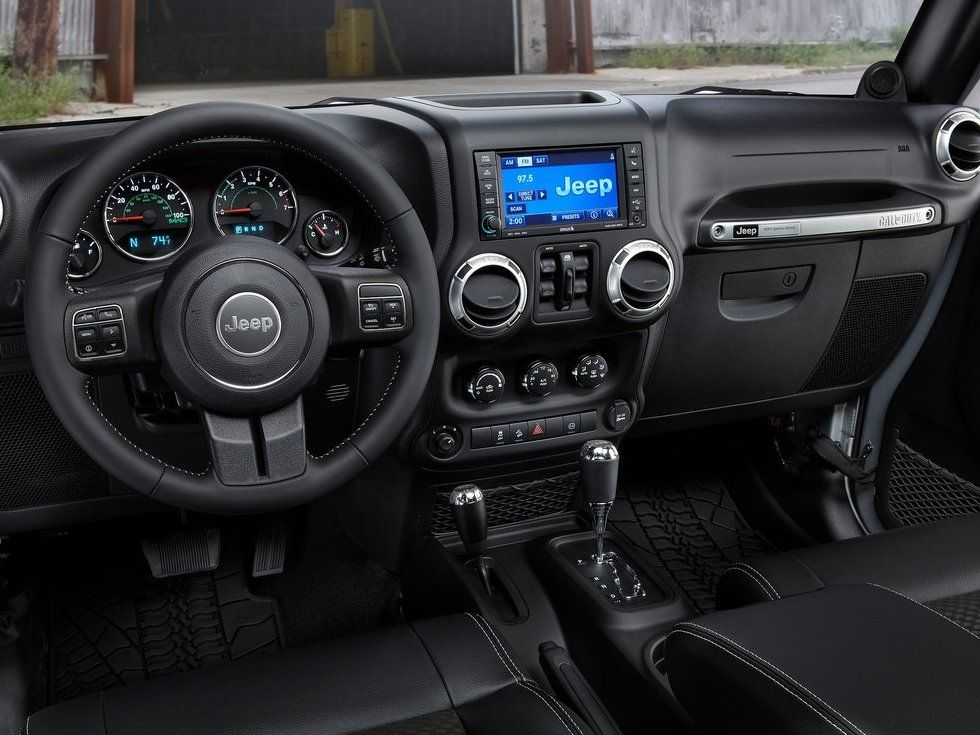 Jeep Wrangler Photo 4 Jeep Wrangler Interior 2012 Jeep