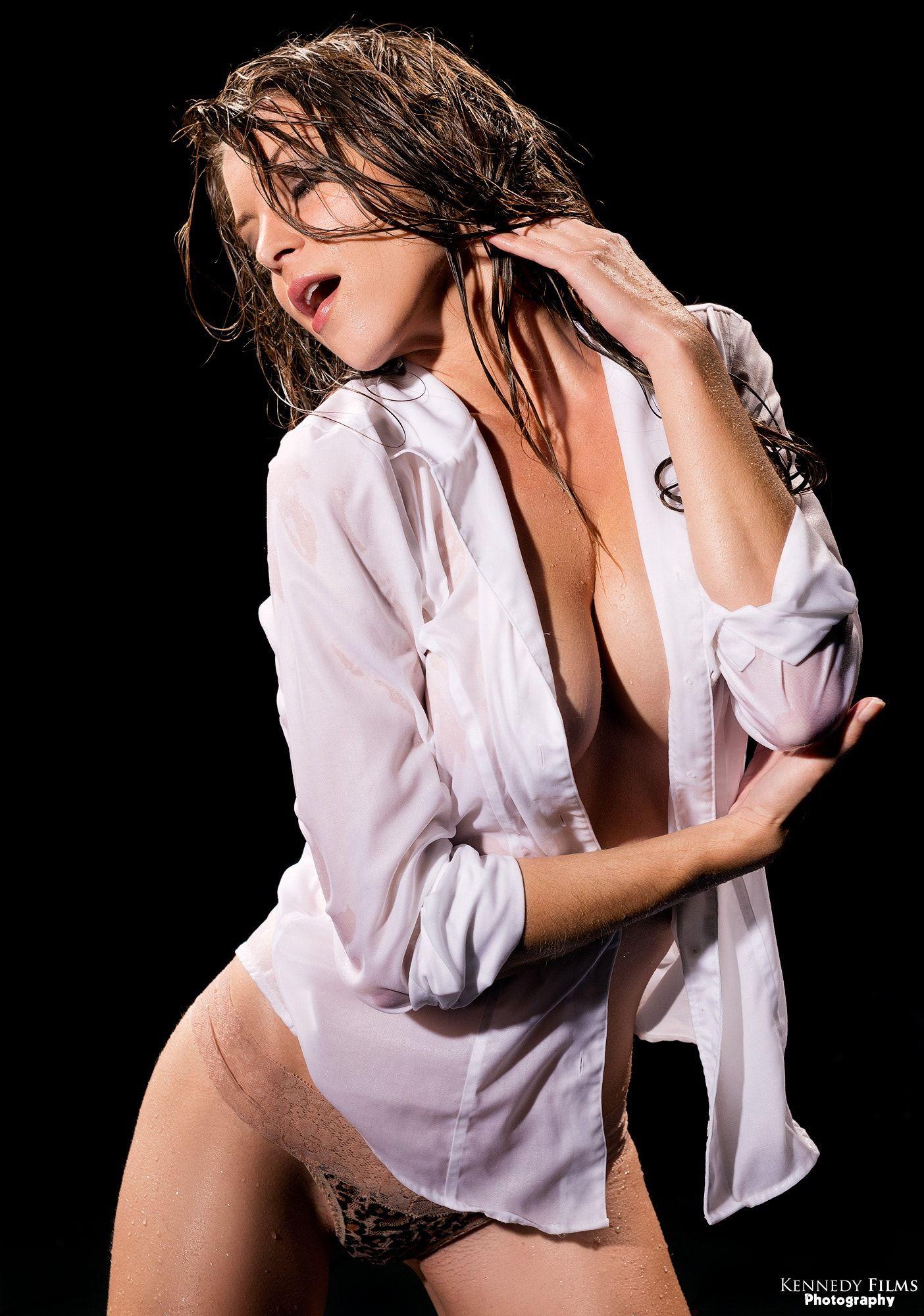 Amber Sym Nude pin on sensual