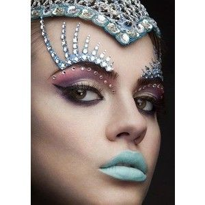 Shimmer in These High Fashion Makeup Ideas (could be great for ...