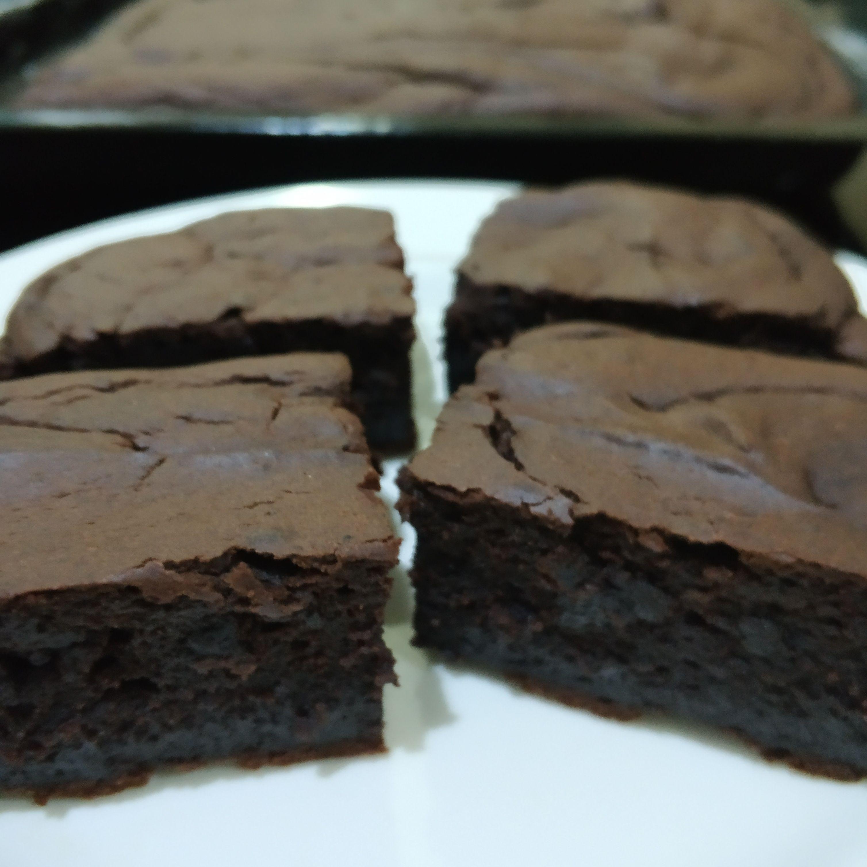 Vegan Avocado Brownies In 2020 Vegan Avocado Brownies Vegan Pudding Vegan Dessert Recipes