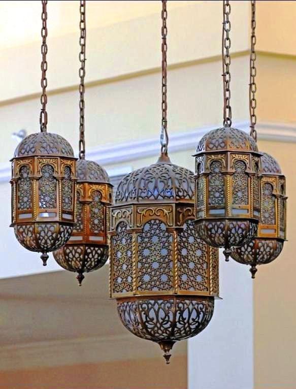 Arab Lanterns At Naif Souk Dubai In 2019 Moroccan Decor