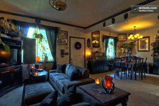 Superbe Haunted Horror Themed House In Seattle | Offbeat Home