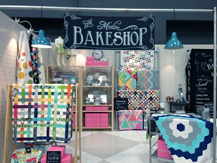 quilt show displays | Moda Bake Shop - Love the display of ...