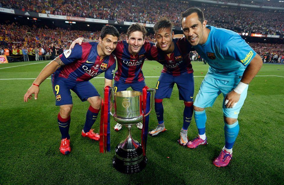Luis Suarez, Lio Messi, Neymar Jr. Y Claudio Bravo