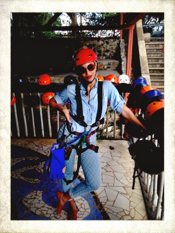 Beyoncé about to go zip-ling in Jamaica