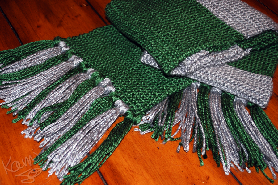 hogwarts scarf pattern....I changed the colors from griffandor to ...