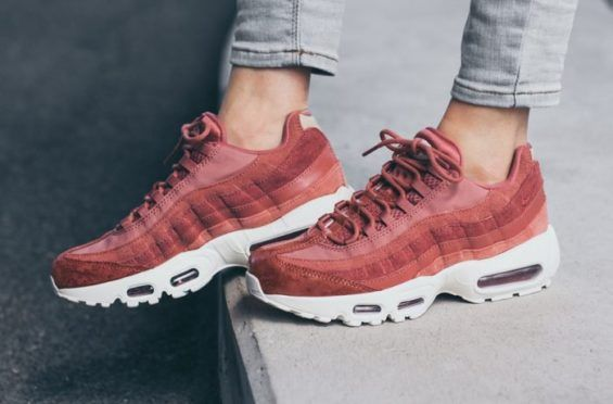 549f584677c7 An On-Feet Look At The Nike Air Max 95 Light Redwood