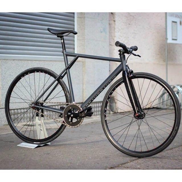 BB17 Transfer Matt Sea Blue VIA @goldsprint  . #bb17 #breakbrake17 #bb17transfer #fixedgear #fixie #trackbike #goldsprint #berlin #cycling #bicycle