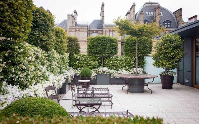 Giardini e terrazzi per lestate in città tante foto e idee per organizzare e arredare il proprio giardino o terrazzo in città nei mesi più caldi dellanno
