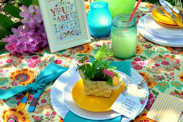 a colourful garden party done right... so pretty! At inspired by charm by Shannanigans