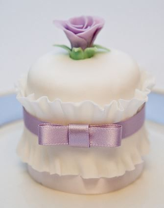 Cakes - Taarten - For all your cake decorating supplies, please visit craftcompany.co.uk