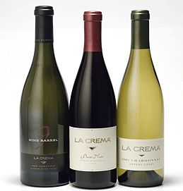 Another pinner says: Love this stuff!  Haven't had the white, but the Pinot Noir is a-mazing! I'm thinking it's a must try!