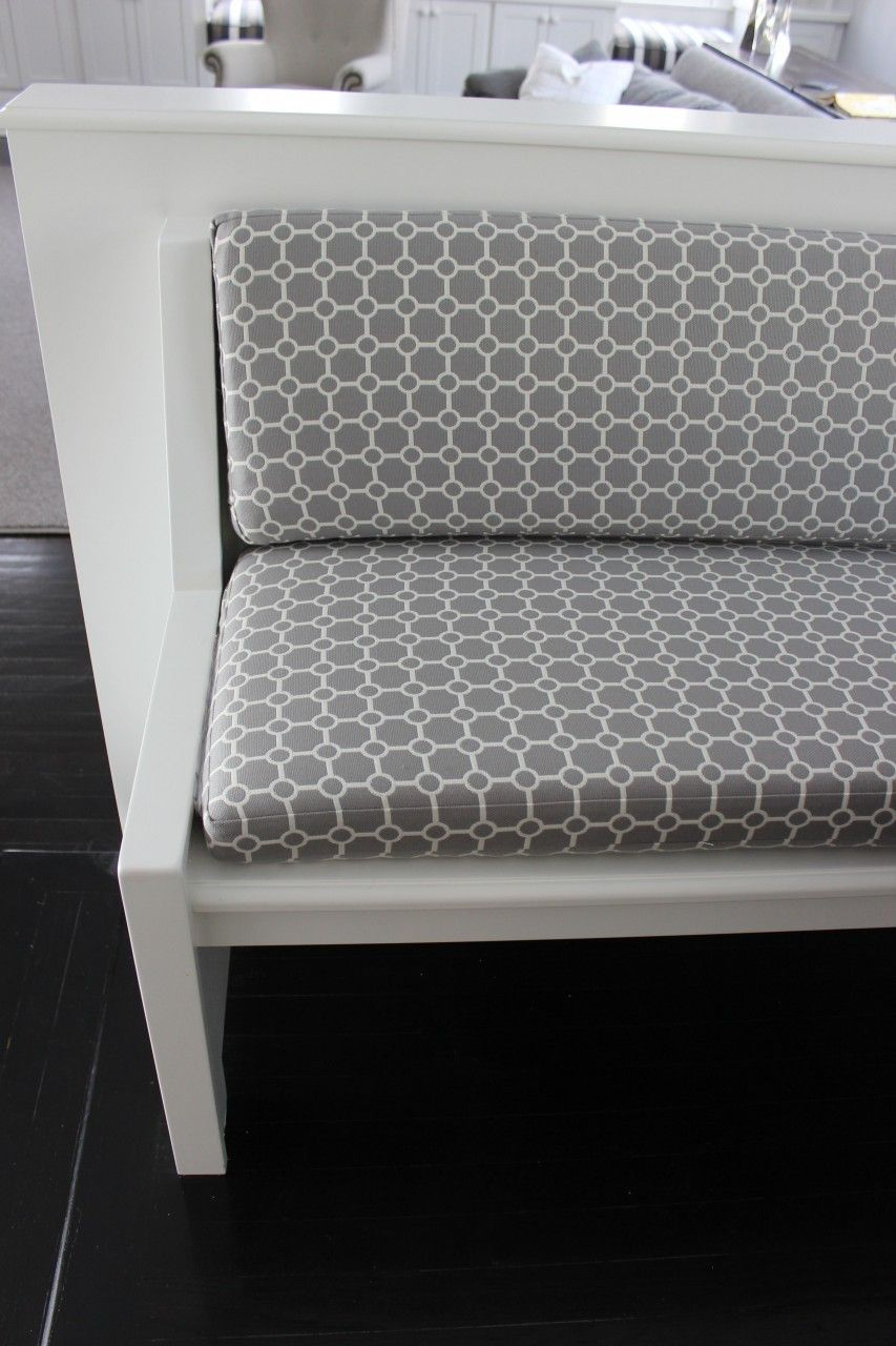 Banquette Cushion In Clarence House Od Biarritz In Grey Interior  # Muebles Biarritz