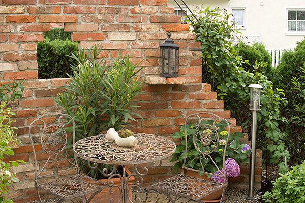 Sitzplatze Romantisch Google Suche Garten Steinmauer Garten Mediteraner Garten