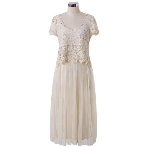 Lindo vestido com busto delicado de crochet! Ele cai lindamente por cima do vestido inteiro, feito com tecido fluido, como musseline [obviamente forrado]. Lindo para passeios e ótimo para a primavera-verão… faça também usando outras cores