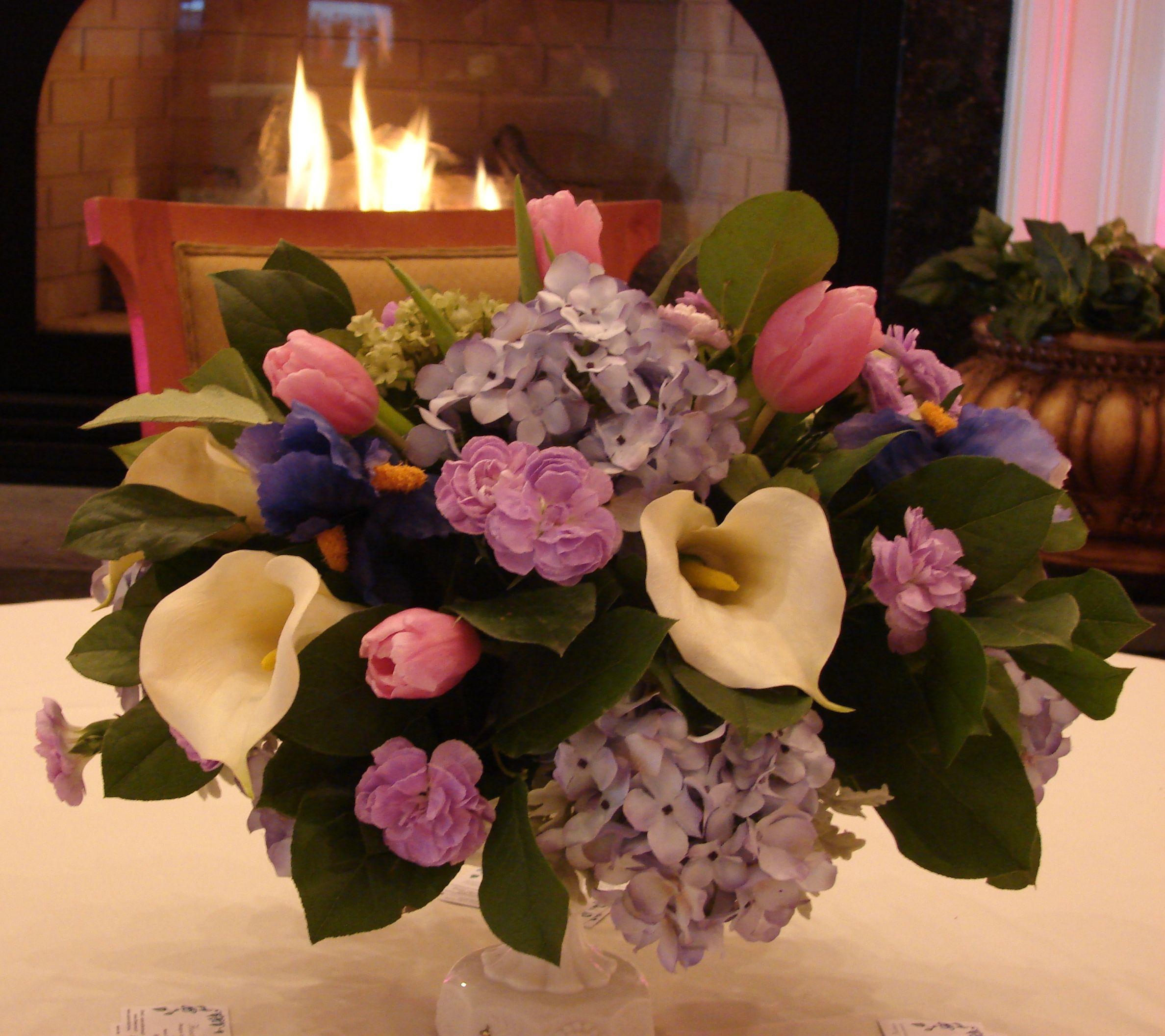 Calla Lilies Hydrangea Iris Centerpieces Lily Centerpieces Calla Lily Freesia Flowers