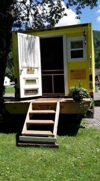 Sandy S 112 Sq Ft Yellow Box Truck Tiny House Tiny House Truck