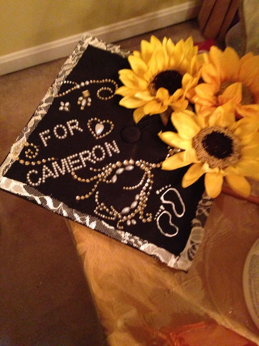 Sunflower graduation cap with a dedication to my son