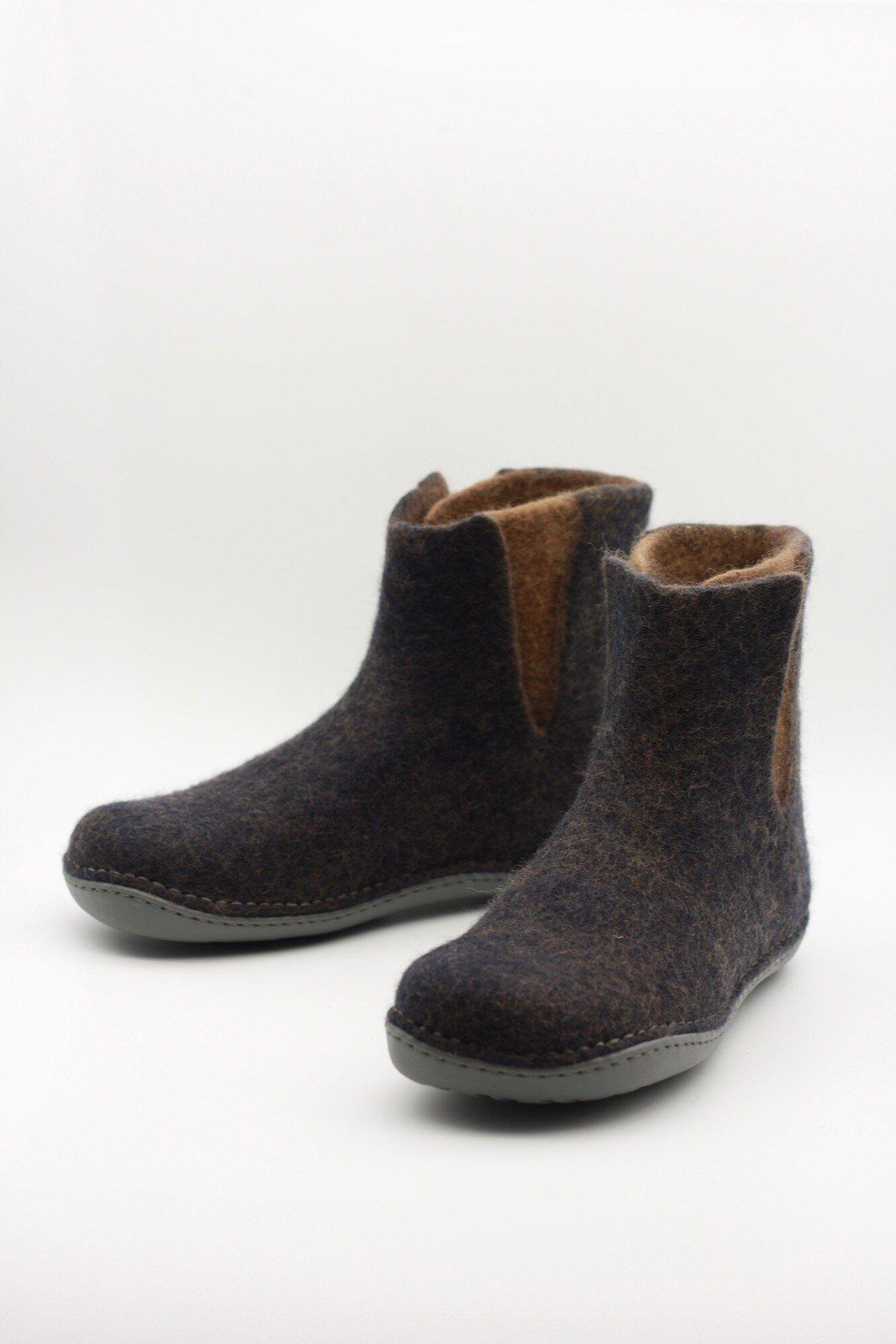 89be4a164eb94 LUCIELALUNE / chelsea boots / men women /handmade felted merino wool ...