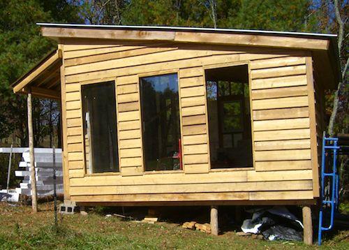 Killer off grid pasive solar cabin design - http://SurvivalistDaily.com/off-grid-passive-solar-cabin-design/