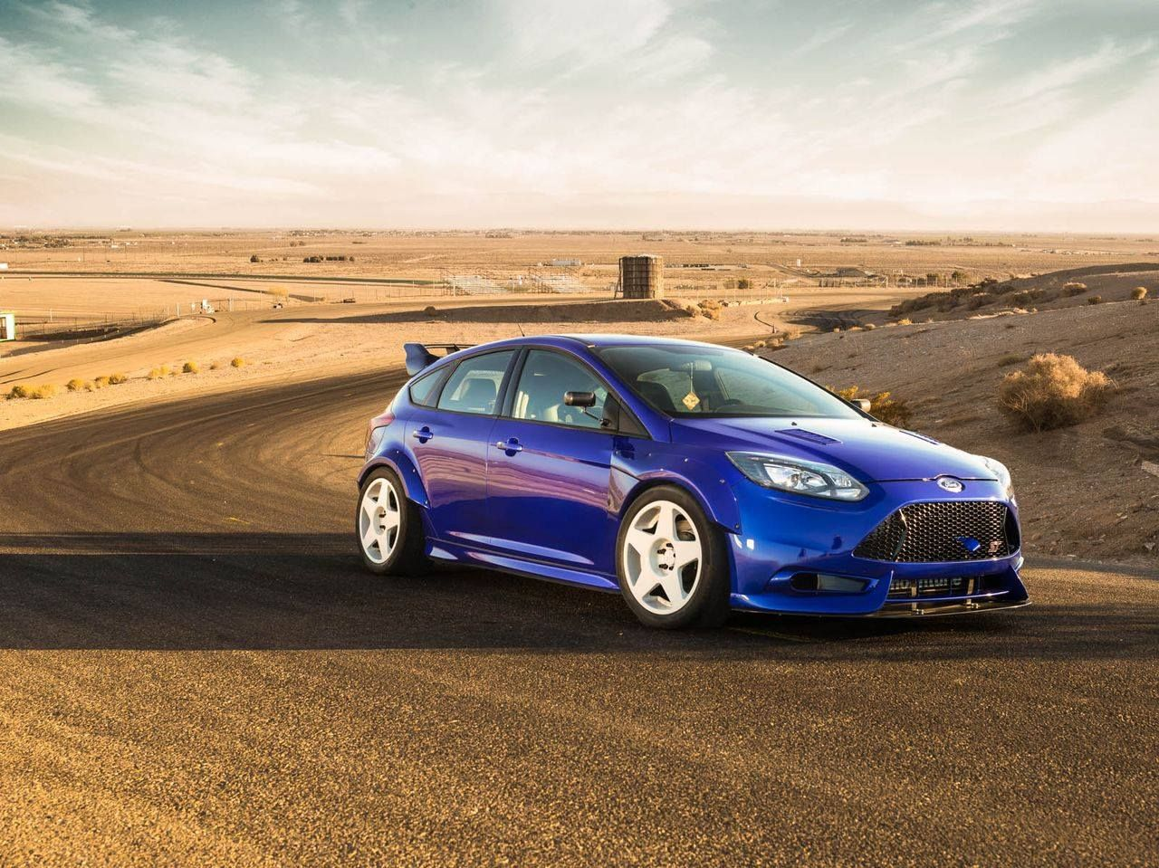 Blue Ford Focus St Rs Look Mk3 Ford Focus St Ford Focus Ford