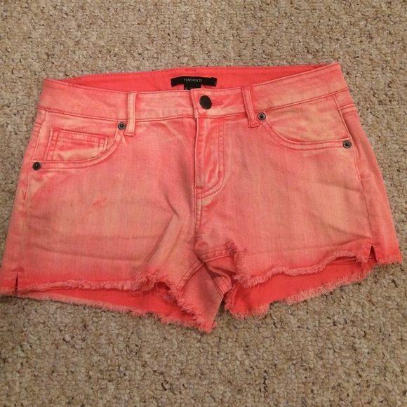 Pink Jean Shorts Pink cut off jean shorts! Shorts Jean Shorts